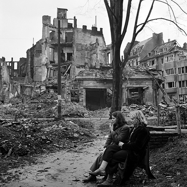 hero-square-web-two-german-women-sitting-on-a-park-bench--cologne--germany-1945by-lee-miller--6268-69-